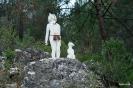 Esculturas en el sendero